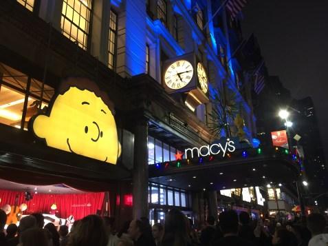 NYC Macys Window Peanuts