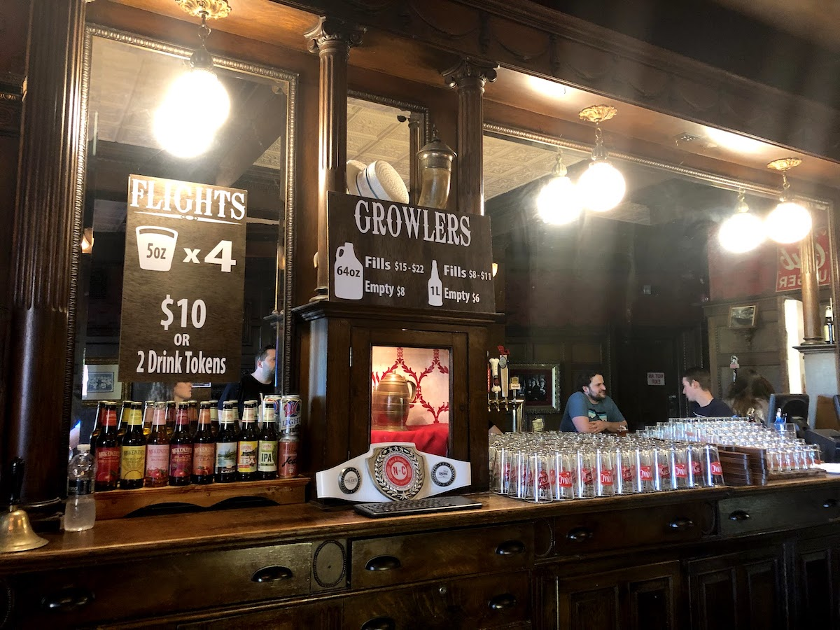 Saranac Brewery 1888 Tavern