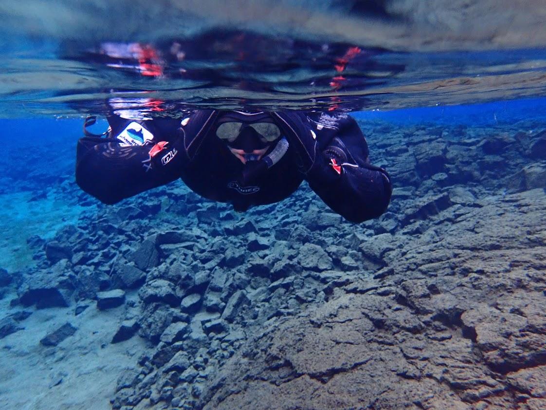 Dani Snorkeling in Silfra