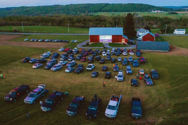 drive-in movie on a barn, photo by Lisa Rossi, http://www.lisarossiphotography.com/