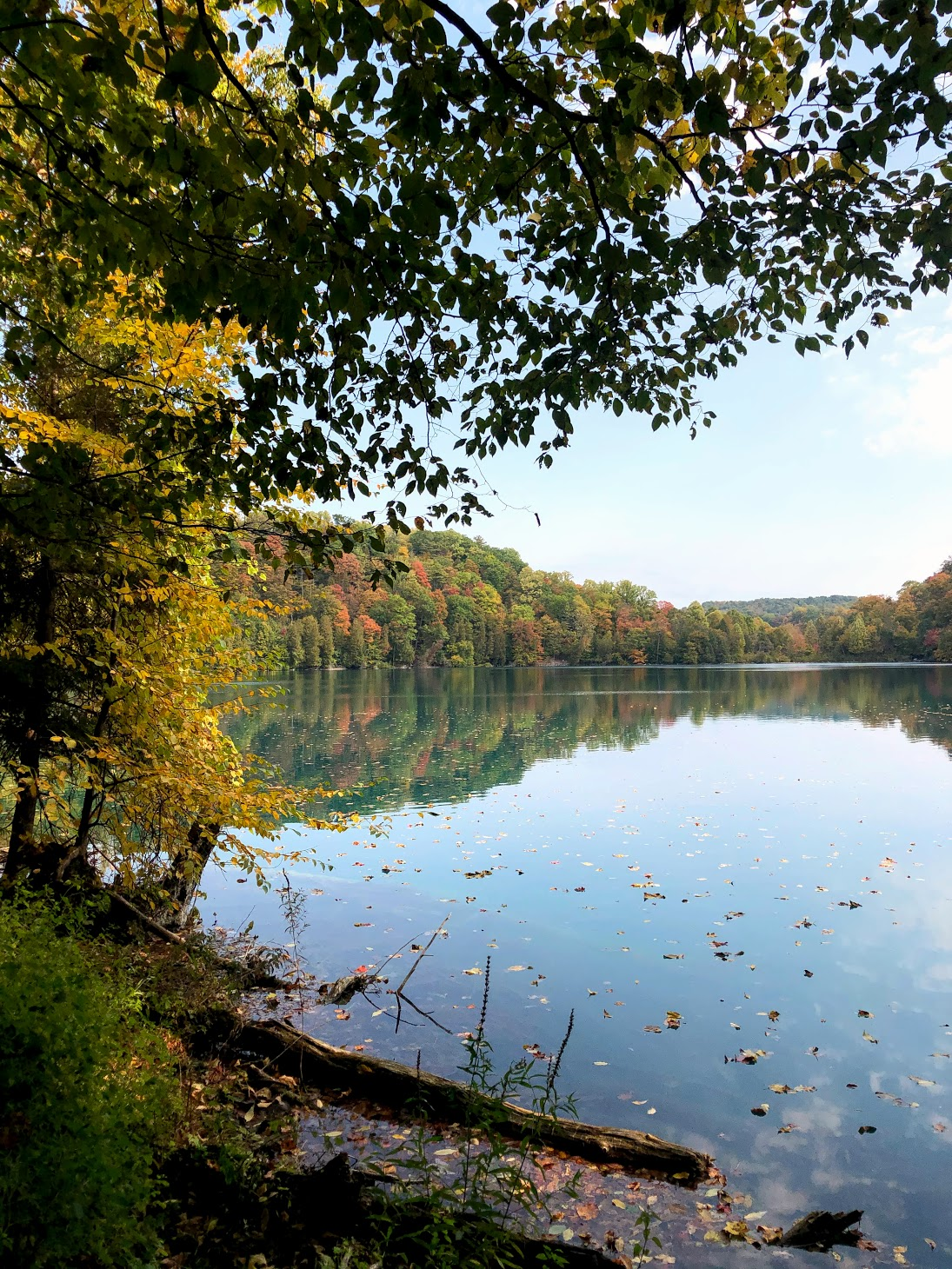 Green Lakes State Park in Autumn