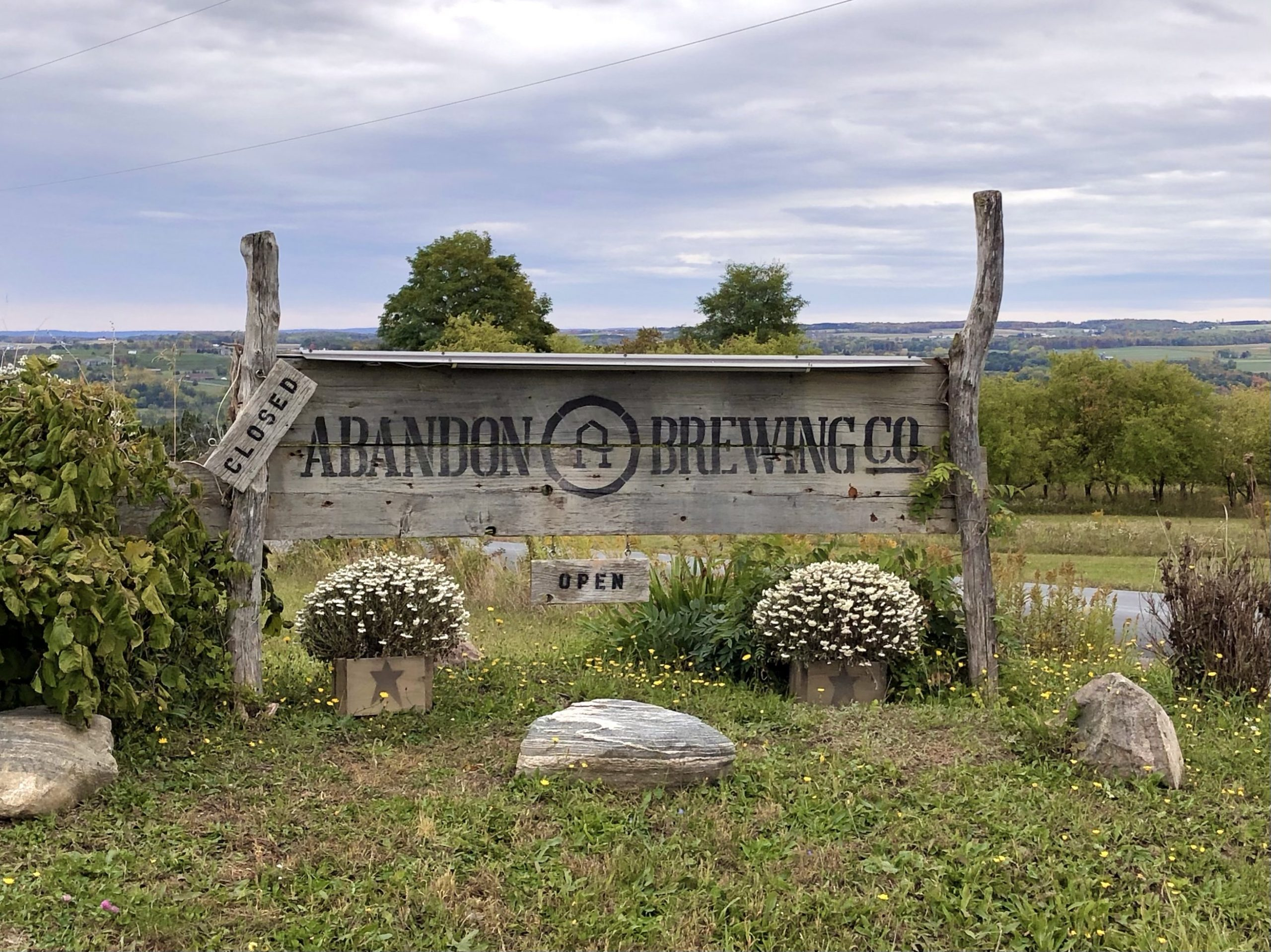 Abandon Brewing Sign