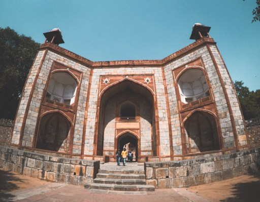 Must Visit Place in Delhi - Humayun's Tomb