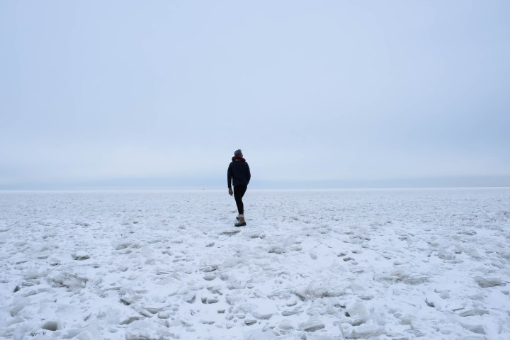 lake erie frozen ohio