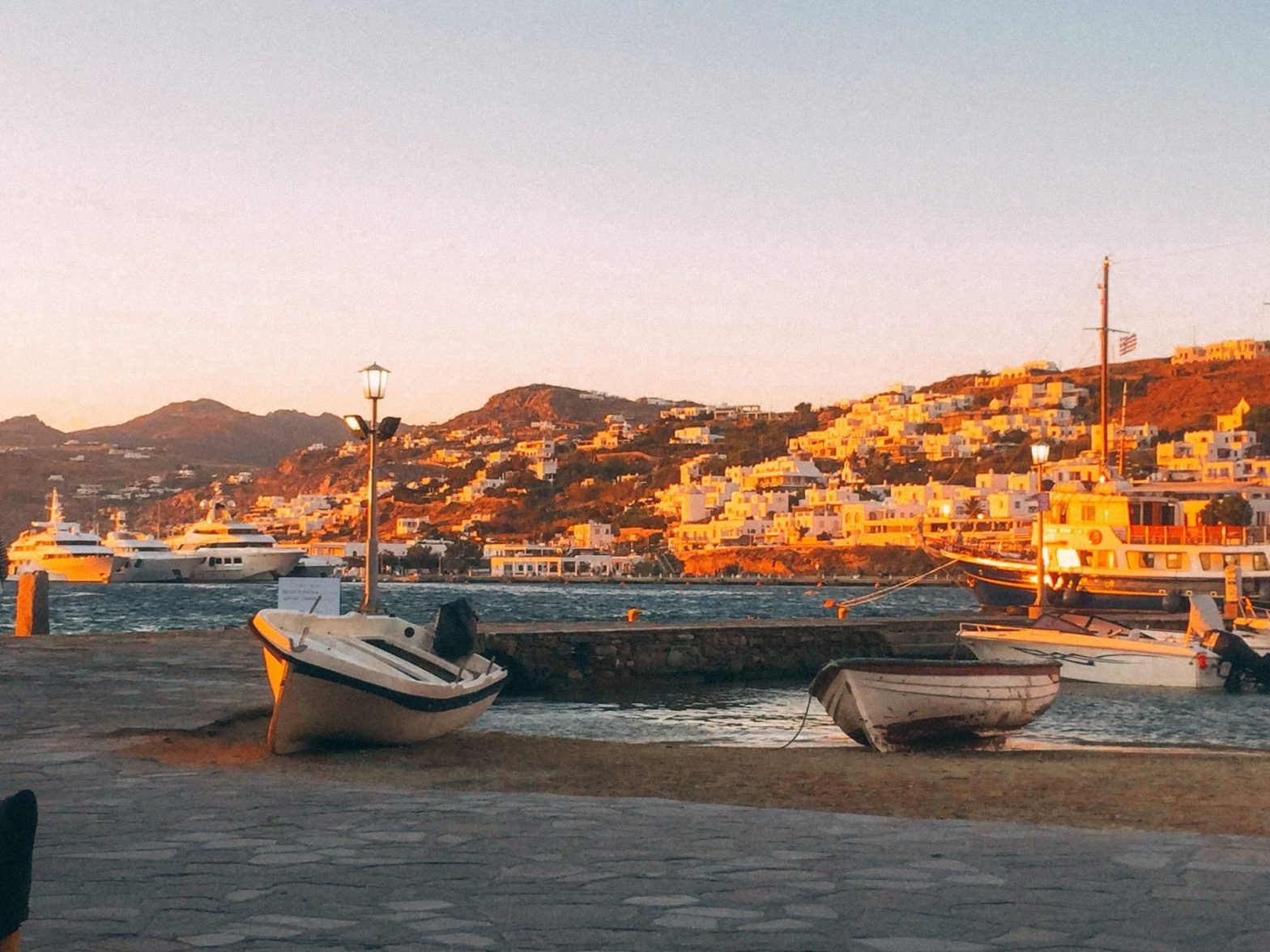 View from dinner at Captains in Mykonos Greece. Places to visit.