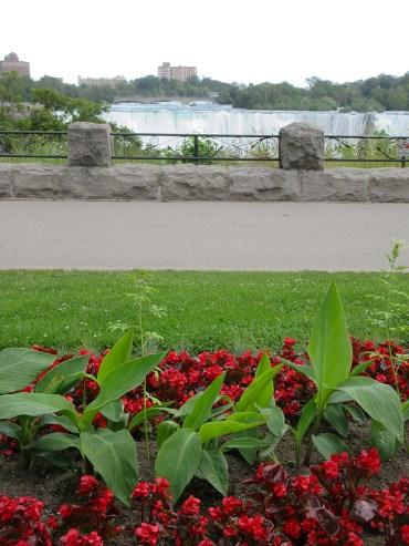 Queen Victoria Park - Niagara Falls, Ontario, Canada on a budget