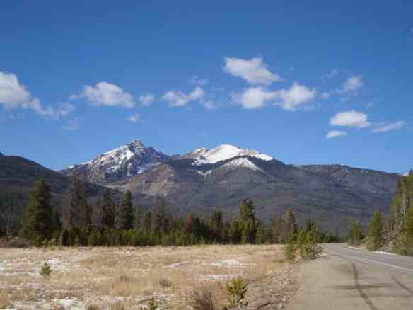 road, rocky mountain national park
