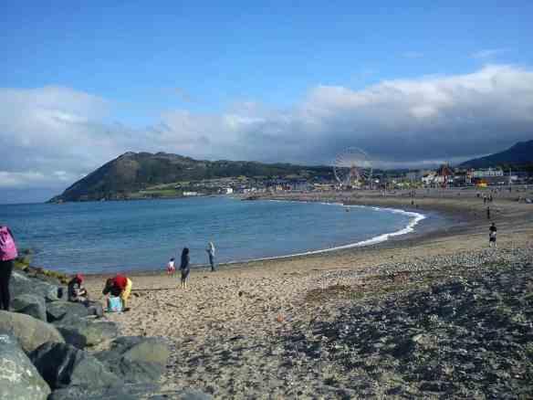 Bray cliff walk, Beach