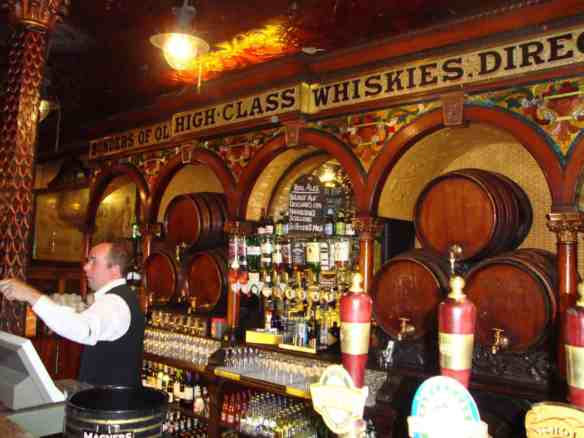 Crown Liquor Saloon, things to do in Belfast