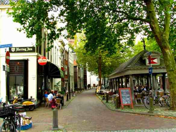 Gouda Cafe on the Canal