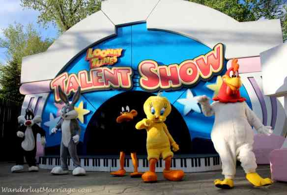 Looney Tunes Show - Six Flags