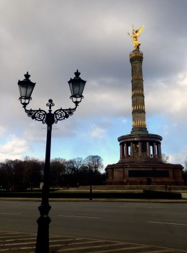 Victory Column in the Groser Stern (large star where many roads meet at this roundabout)