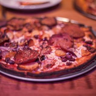 hand fire pizza-14