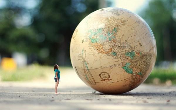 globe Wanderlust Overloaded