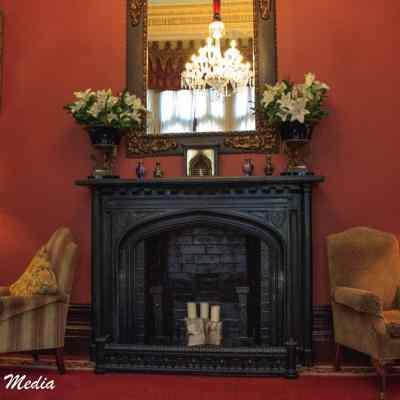 Common area inside the Dromoland Castle Hotel