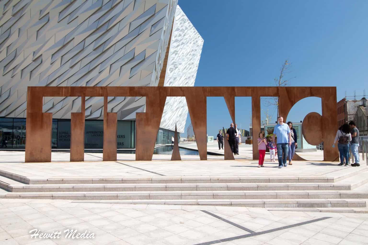 Belfast Travel Vlog