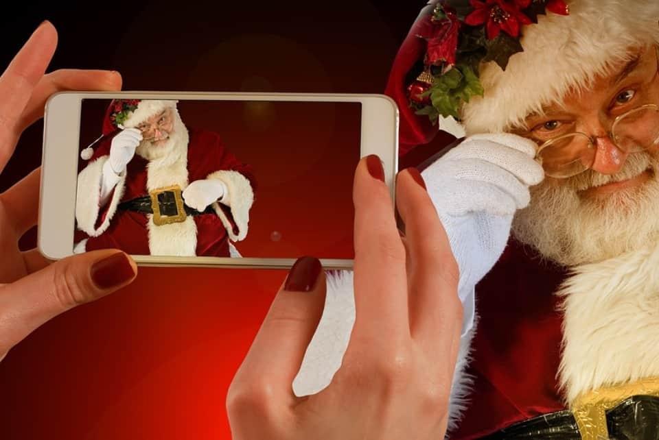 Santa Cell Phone.jpg