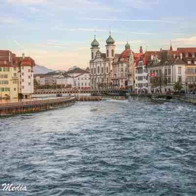 The beautiful Reuss River running thru Lucerne