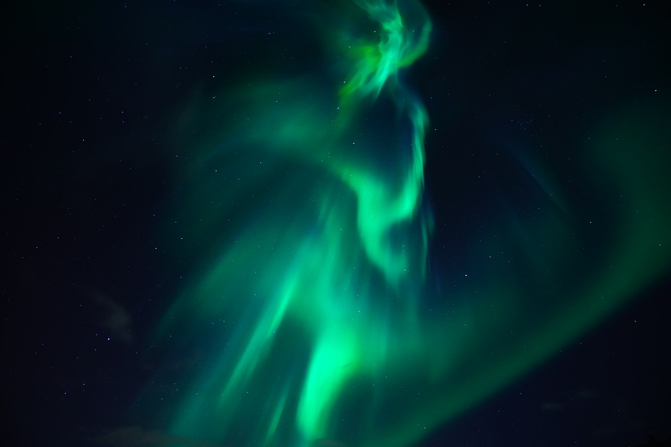 northern-lights-3273425_960_720
