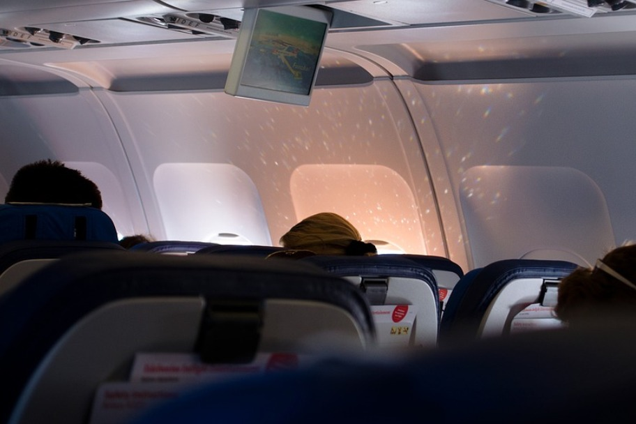 Airplane 18.jpg