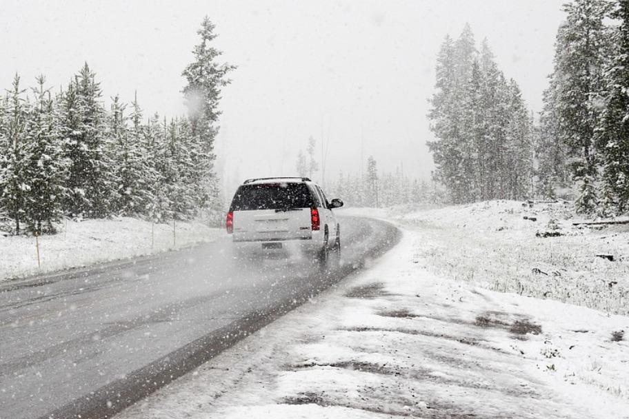 snow-1281636_960_720.jpg