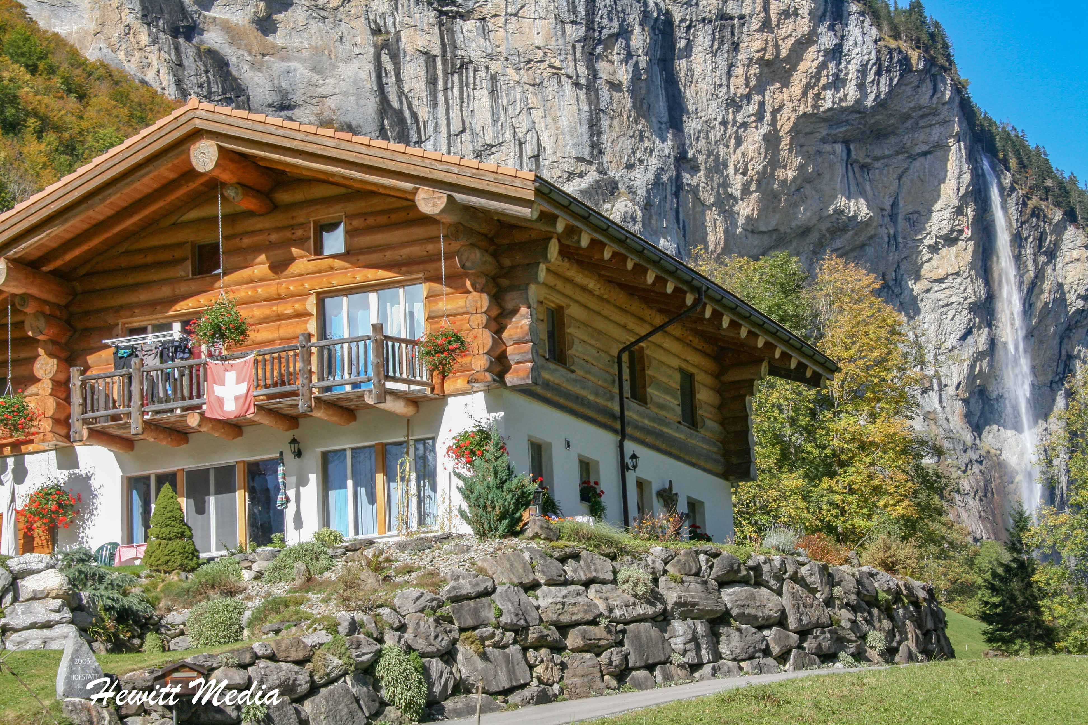 Beautiful house in Lauterbrunnen Valley