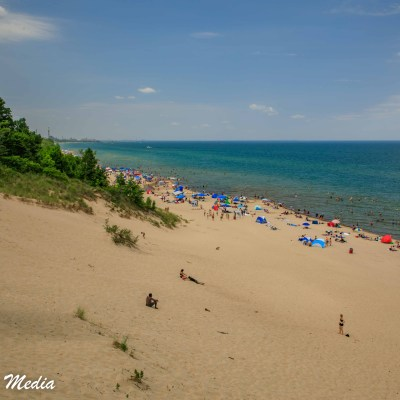 Beach in Indiana Dunes State Park
