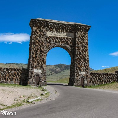 Roosevelt Gate in Yellowstone