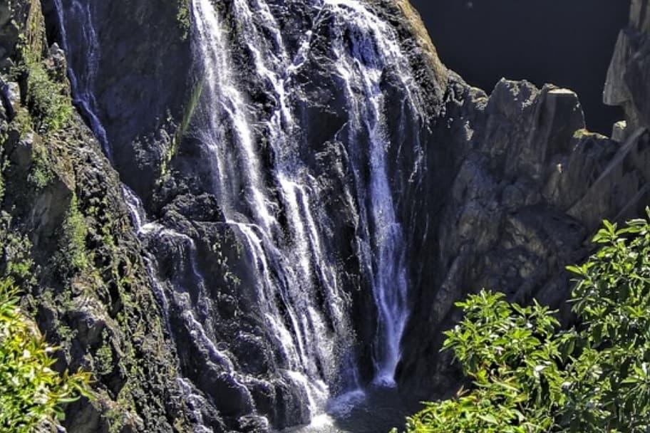barron-falls-2772332_960_720.jpg