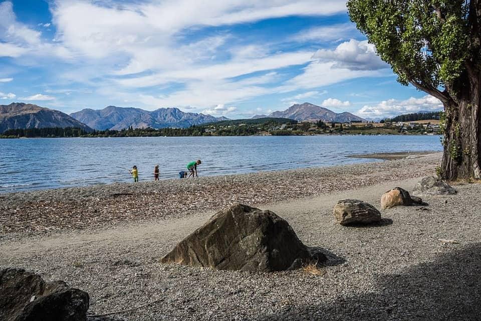 lake-wanaka-300172_960_720.jpg