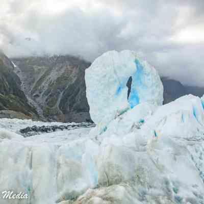 Ice formations on Franz Josef Glacier