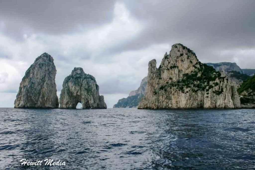 Capri Travel Guide - Faraglioni