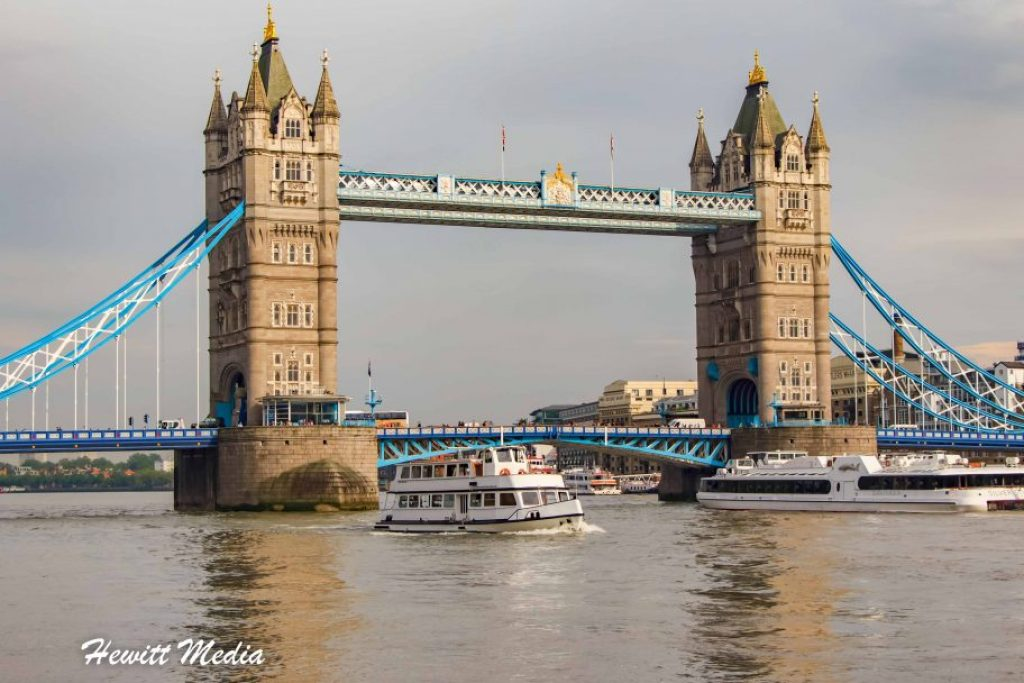 London travel guide - The Tower Bridge