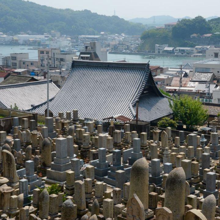 onomichi japan temple walk graveyard