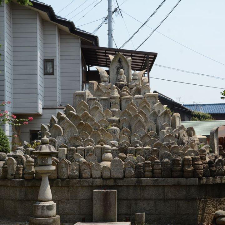onomichi temple walk grave