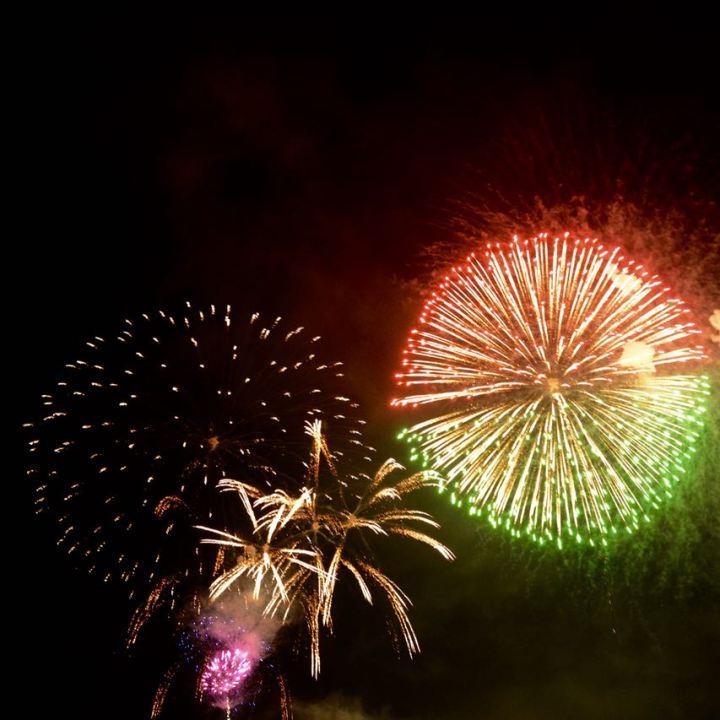 miyajima hanabi firework half and half