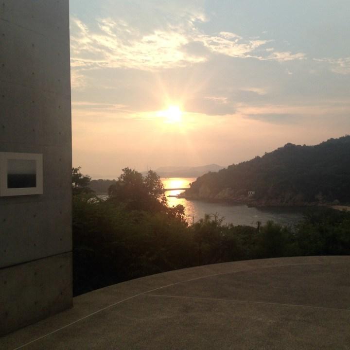 naoshima honmoura setouchi tirennale benesse house sunset