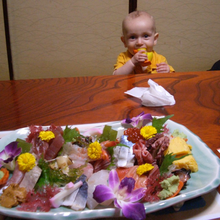 Travel in Japan with kids sushi