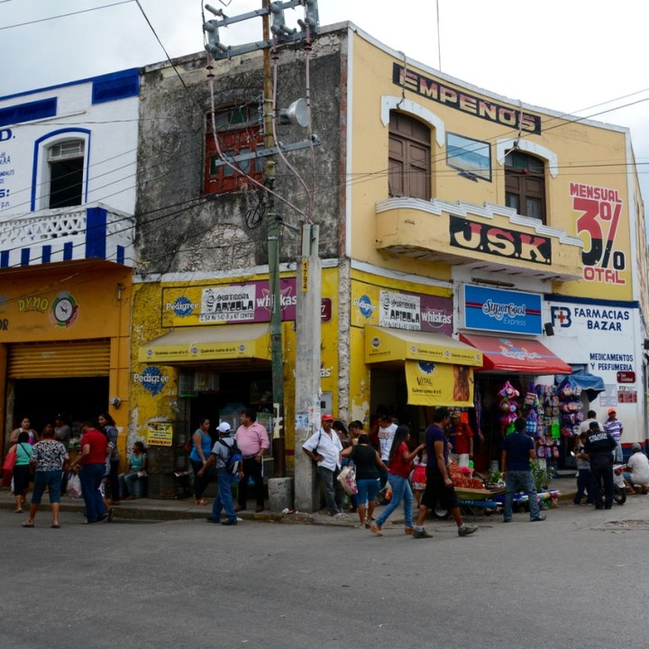 Mexico Merida travel with children kids street corner