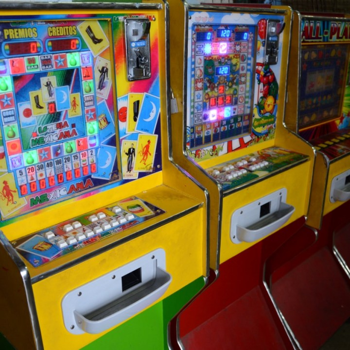 Mexico Merida travel with children kids games machine