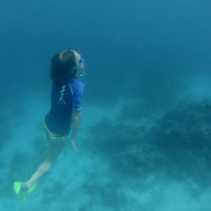 travel with children kids maldives lux south ari atoll free diving