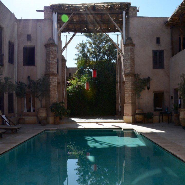 travel with kids children morocco marrakech hotel caravanserai pool