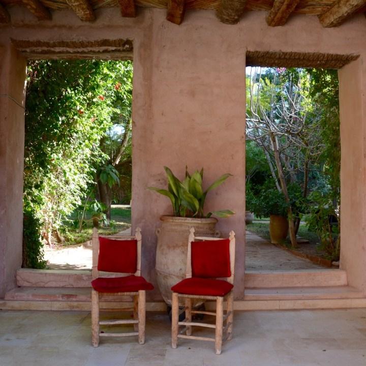 travel with kids children morocco marrakech hotel caravanserai chairs