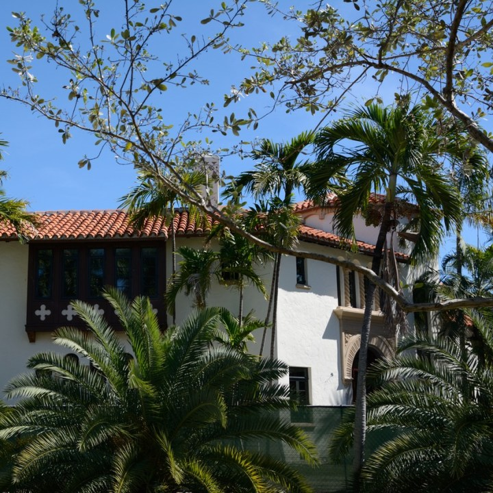 travel with kids children miami south beach colonial architecture