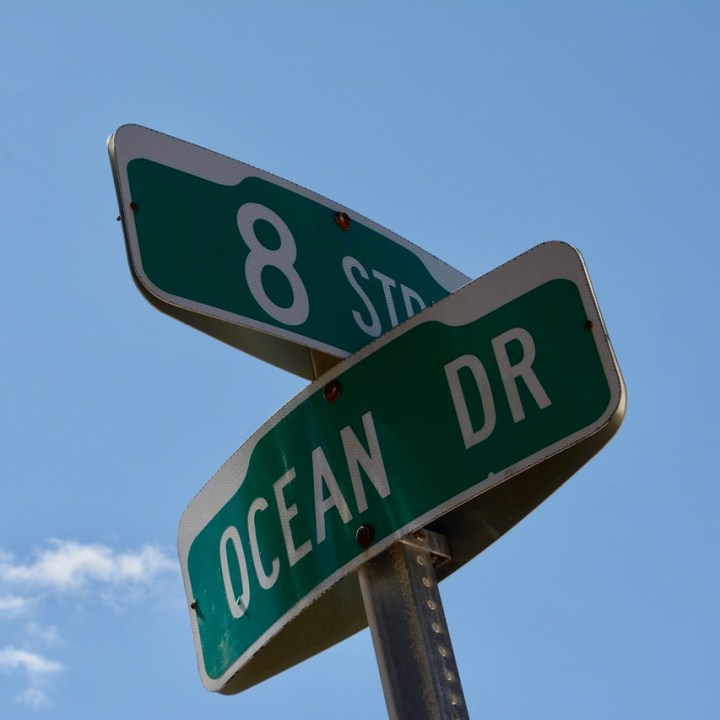 travel with kids children miami south beach ocean drive sign