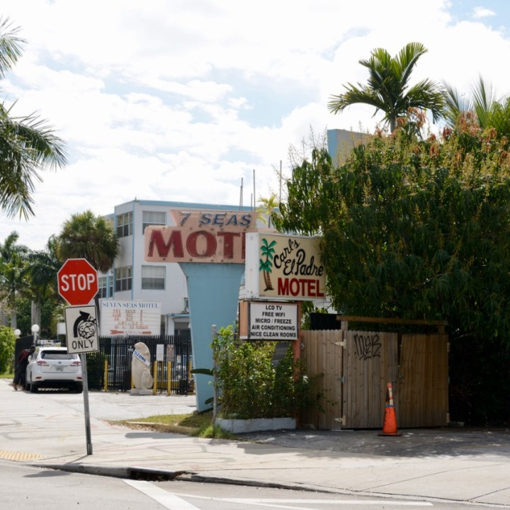 travel with kids children miami south biscayne boulevard motel