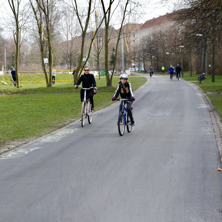 travel with kids children Copenhagen Denmark vesterbro cycling highway