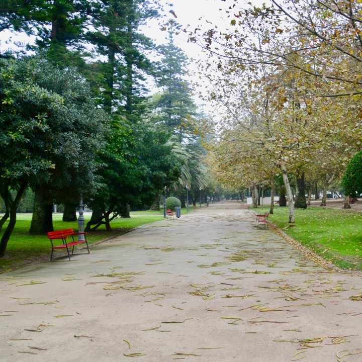 travel with kids children porto portugal garden passeio alegre