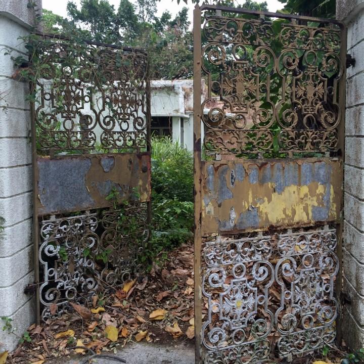 travel with kids children cheung chau island hong kong abandoned house gate