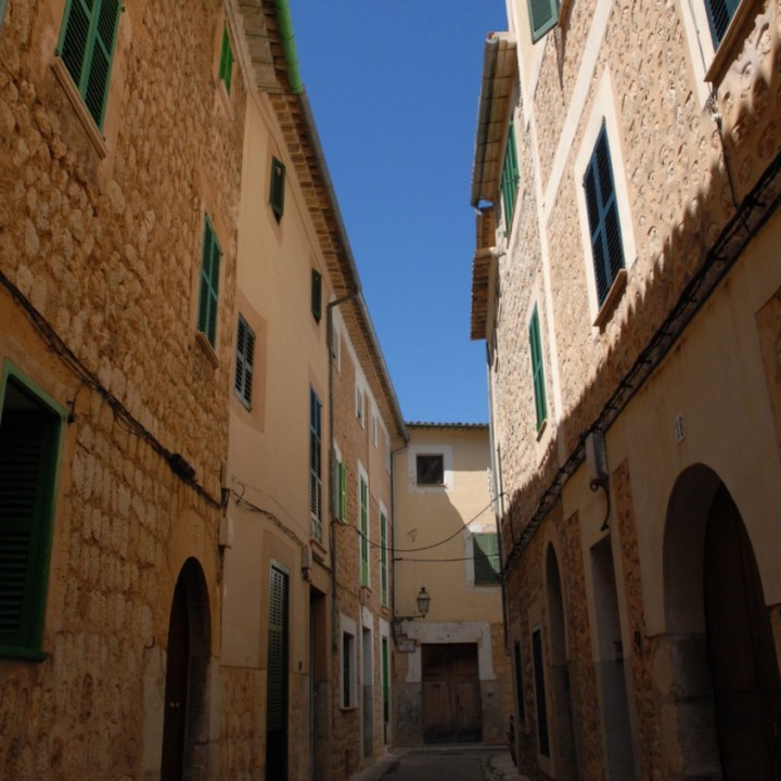 travel with kids children Soller Mallorca Spain streets architecture